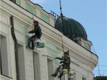 Ремонт і реставрація фасадів будівель в Львові.