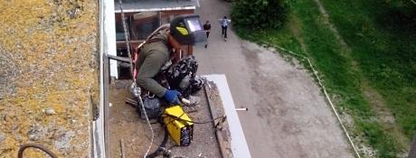 Ремонт балконних козирків Львів